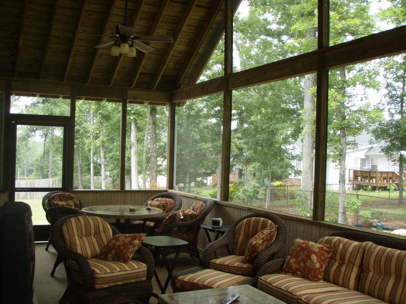 Screened porches chattanooga tn for Outdoor screen room ideas